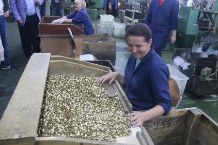 SENDİKAMIZDAN SARAY BOSNA'DAKİ MÜHİMMAT FABRİKASI VE TİTO'NUN SIĞINAĞINA ZİYARET